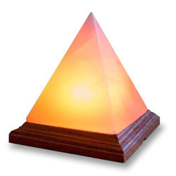 Pyramída 3-4 kg
